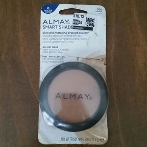 Almay Smart Shade Pressed Powder - 300 Medium